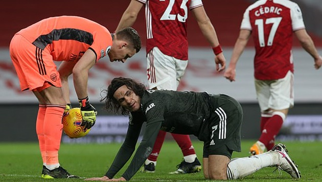 Nc247info tổng hợp: Sao Arsenal la hét thất thanh khi va chạm cực mạnh với Maguire