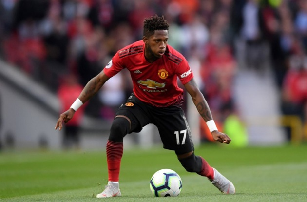 Man United fans react as Fred drops disastrous display vs Leicester City - Bóng Đá