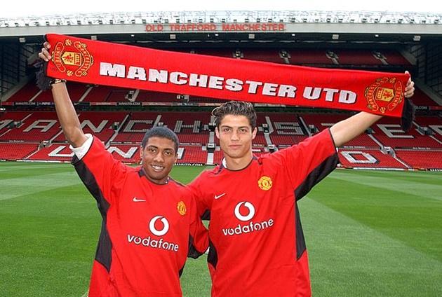 Top 10 chữ ký tệ nhất lịch sử Man United - Bóng Đá