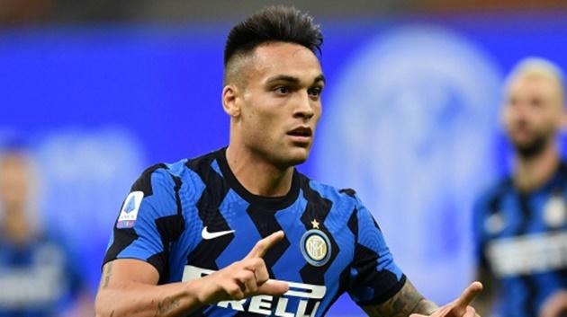 Inter star Lautaro Martinez's stunning Wag Agustina Gandolfo shows off - Bóng Đá