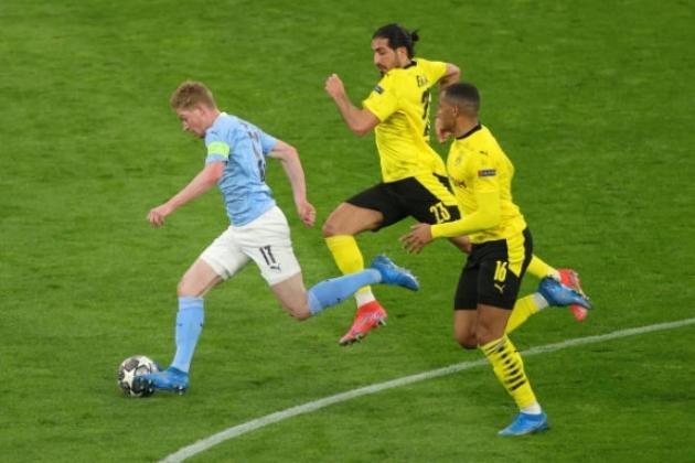 Jude Bellingham continues to impress with a lovely finish for Dortmund vs Man City - Bóng Đá
