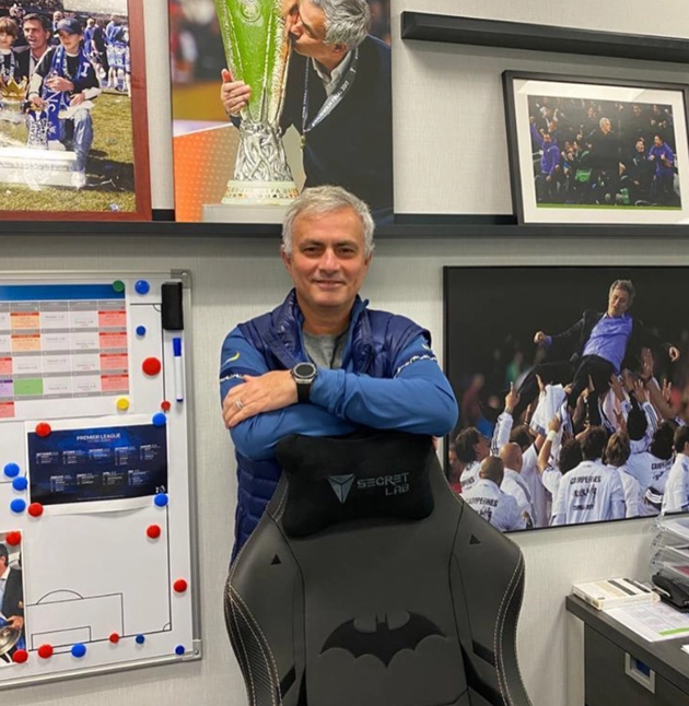 Jose Mourinho clears out Tottenham office - Bóng Đá