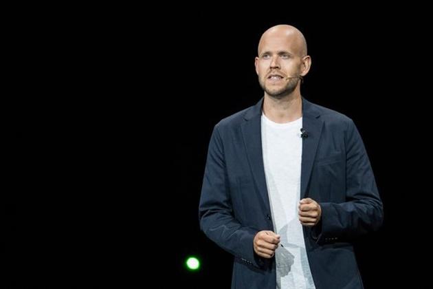 Spotify CEO Daniel Ek offers to buy Arsenal if Stan Kroenke decides to sell club - Bóng Đá