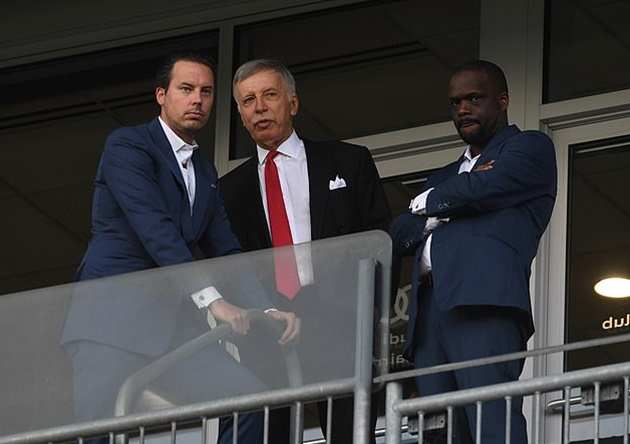 Arsenal ARE up for sale just days after Stan Kroenke insisted he will not entertain any offers for the club - Bóng Đá
