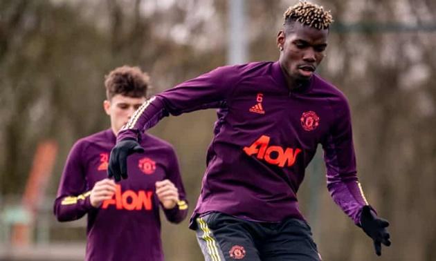 Manchester United lose £200m training kit deal over fans' anti-Glazers campaign - Bóng Đá