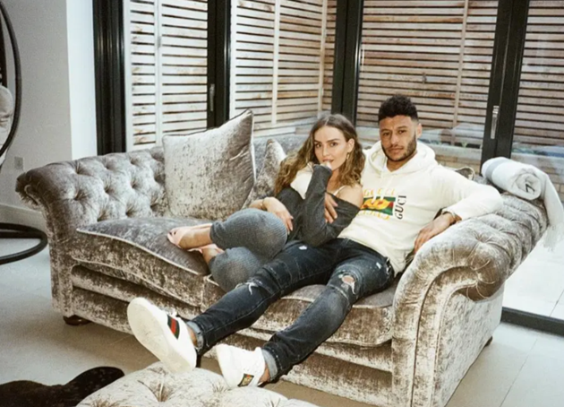 Inside Alex Oxlade-Chamberlain and Perrie Edwards' A-list life at £4million Cheshire home as they reveal baby news - Bóng Đá