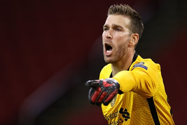 Liverpool offer new contract to Adrian despite his struggles - Bóng Đá