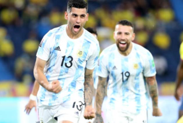 Messi tàng hình, Argentina hòa nghẹt thở trước Colombia - Bóng Đá