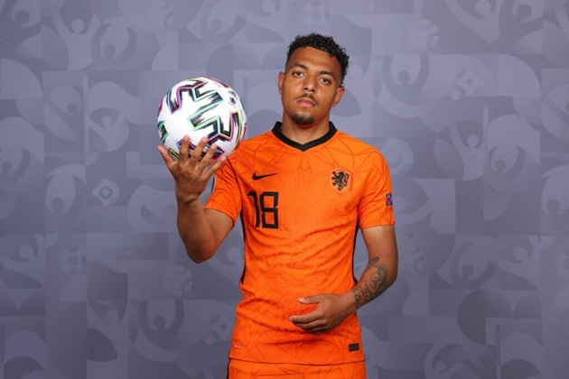 Journalist: Liverpool FC have been scouting Donyell Malen for many months - Bóng Đá