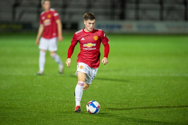 Rangers want Manchester United midfielder Charlie McCann - Bóng Đá