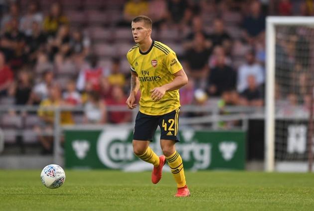 Medical tomorrow as Arsenal defender Clarke completes loan move - Bóng Đá