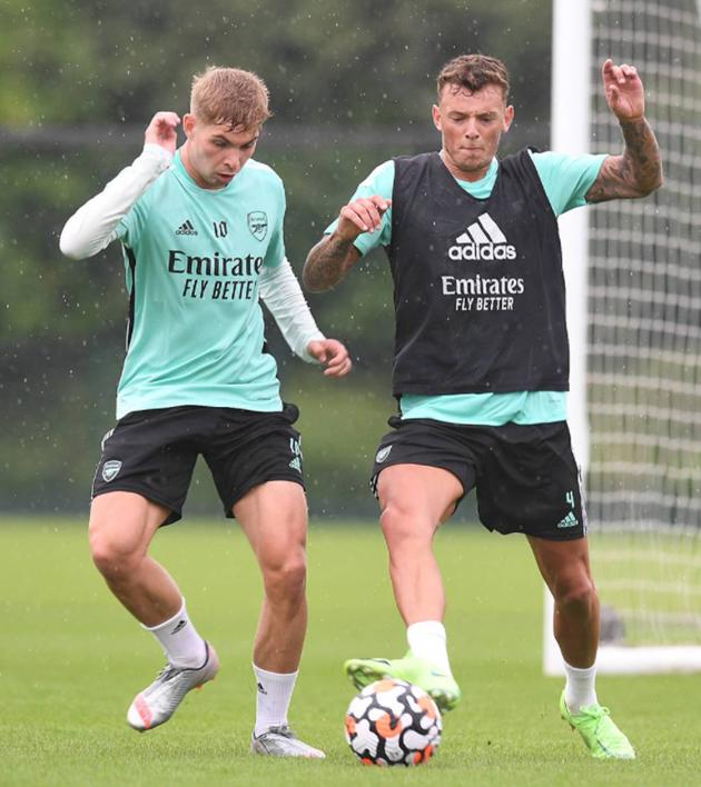 Ben White takes part in first Arsenal session - Bóng Đá