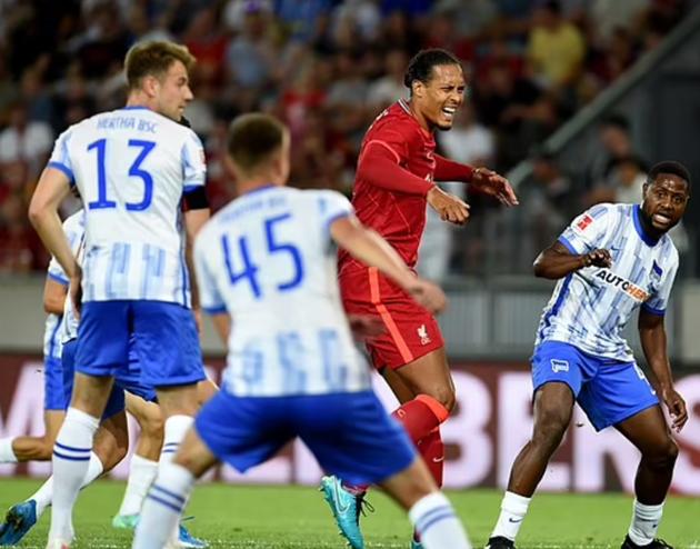 Jamie Carragher urges Liverpool not to rush Virgil van Dijk back into action - Bóng Đá