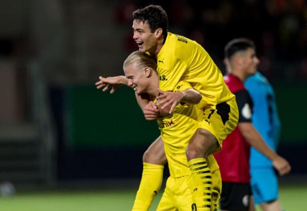 reviews trận Dortmund - Bóng Đá
