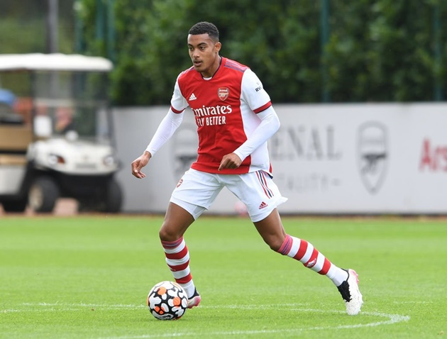 CAMPBELL LAUDS ARSENAL FOR WHAT THEY HAVE DONE WITH 18-YEAR-OLD 'HUGE TALENT' - Bóng Đá