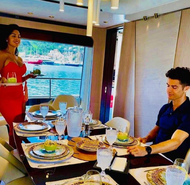 Cristiano Ronaldo's ex-chef reveals star's - Bóng Đá