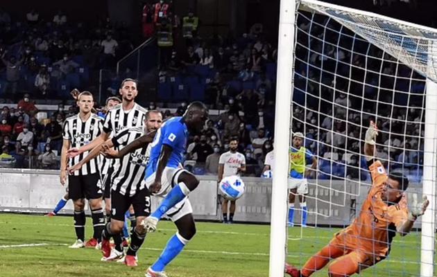 tin reviews trận Napoli vs Juventus - Bóng Đá