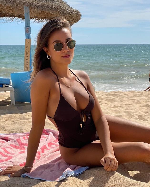 Ruben Dias 'splits from pop star girlfriend April Ivy - Bóng Đá