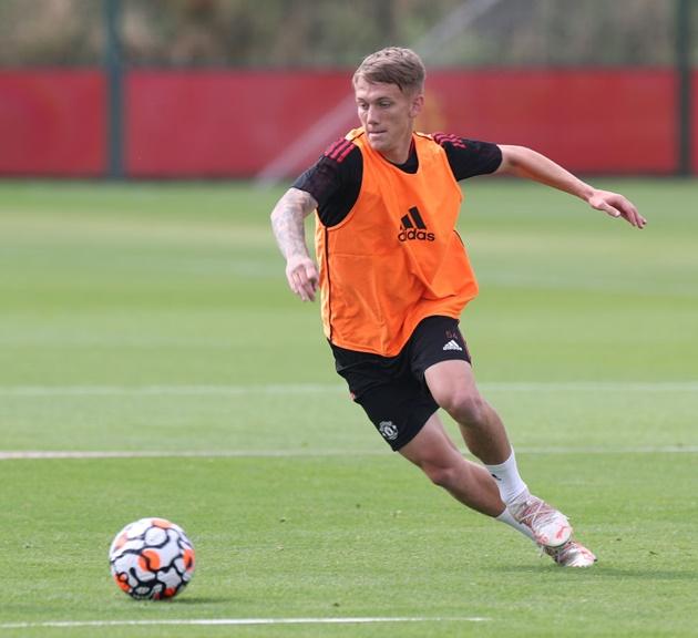 Ethan Galbraith provides first assist of his loan spell - Bóng Đá