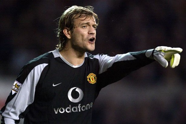 Seven former Man Utd players we can't believe are still playing in 2021 - Bóng Đá