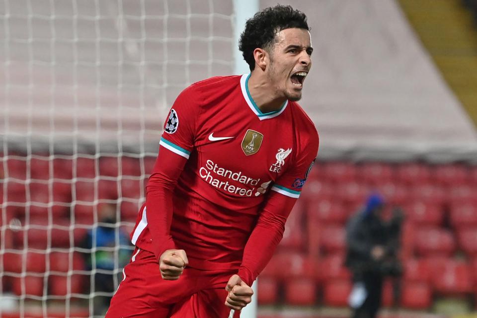 Curtis Jones: Tài năng trẻ chuyển mình trở thành trụ cột của Liverpool - Bóng Đá