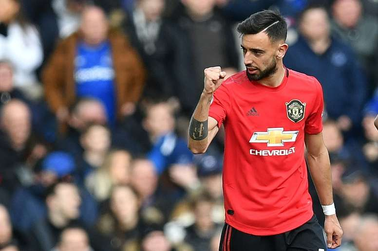 Bruno Fernandes told what he must do to be considered as Man Utd's new Eric Cantona - Bóng Đá