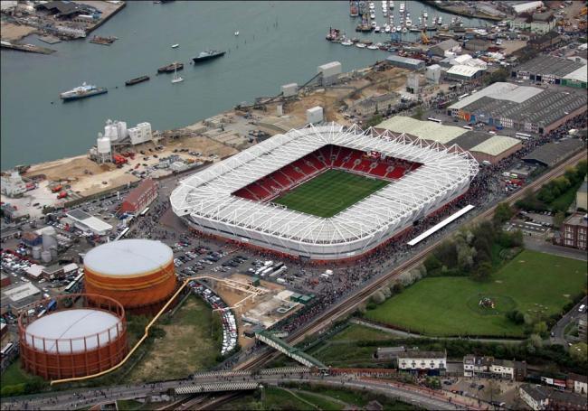 Twelve UK Stadiums that could host Euro 2020 this summer - Bóng Đá