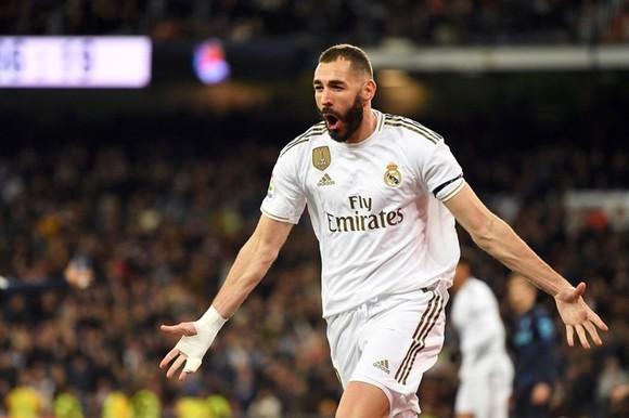 Real Madrid chào đón sự trở lại của ngôi sao hàng tiền đạo trước Derby Madrid - Bóng Đá