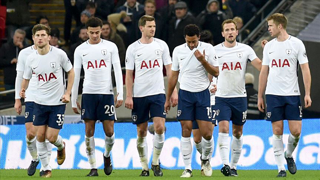 Jose Mourinho: 'There are selfish players at Tottenham - Bóng Đá