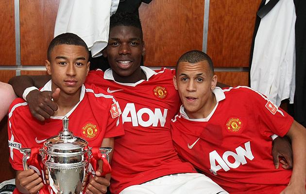 Những 'cậu bé vàng' của Man United 10 năm trước giờ ra sao? - Bóng Đá