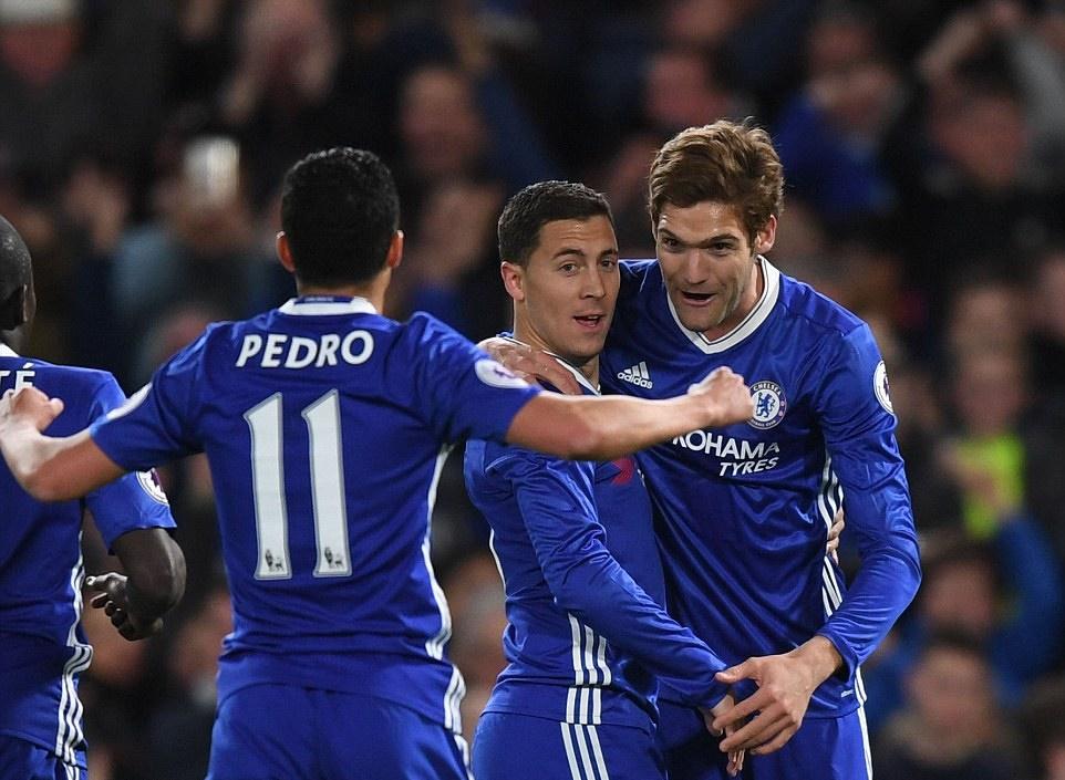 'Có bịt mắt thì các cầu thủ Chelsea vẫn đá được theo ý Conte' - Bóng Đá