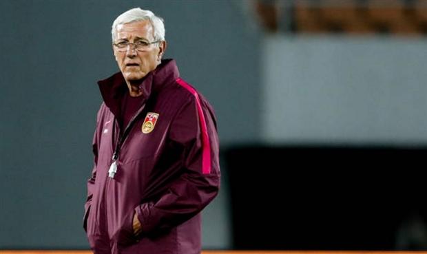 69 tuổi, HLV Marcello Lippi vẫn khiến học trò lác mắt trên sân tập - Bóng Đá