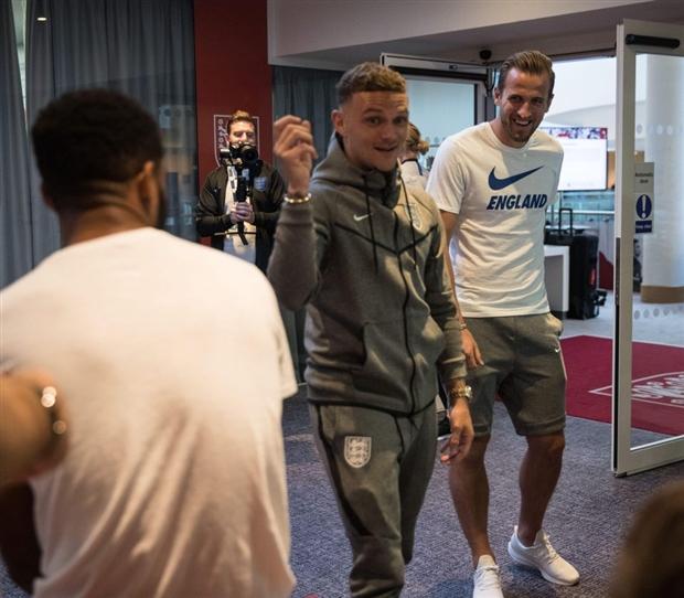 Bộ đôi ngôi sao của Tottenham, Kieran Trippier và Harry Kane.