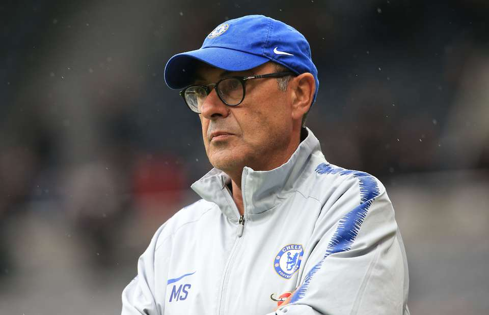 Sốc: HLV Sarri chẳng nhớ đội trưởng của Chelsea là ai - Bóng Đá