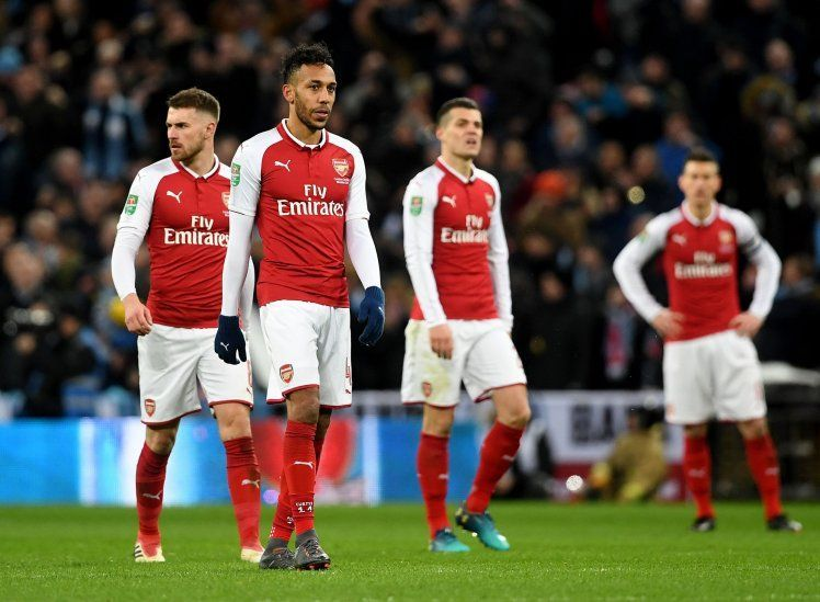 Góc Arsenal: Kẻ yếu bóng vía lộ mặt? - Bóng Đá