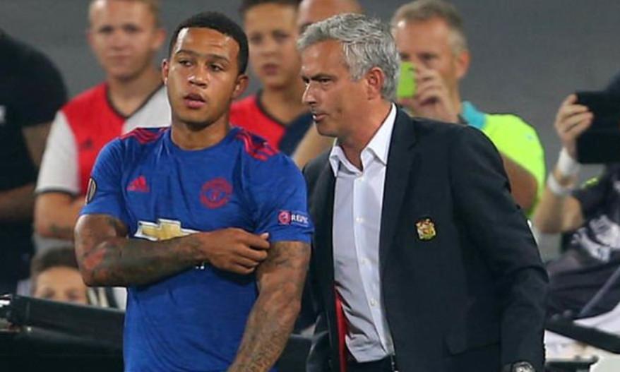 Mourinho từng ra điều kiện để Depay có thể trở lại Man Utd - Bóng Đá