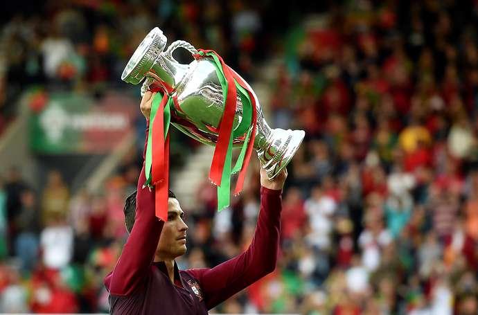 Đi vào lịch sử bóng đá châu Âu, Ronaldo nói gì? - Bóng Đá