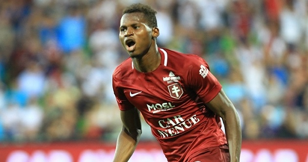 Report: Spurs and Chelsea among clubs keeping tabs on eight-goal striker (Habib Diallo) - Bóng Đá