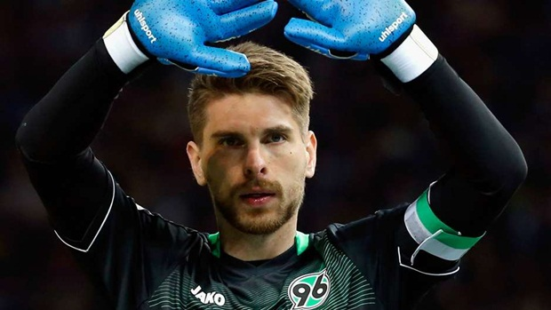 Ron-Robert Zieler | Từ Hannover chuyển sang Leicester City | 3,2 triệu euro. Ảnh: Internet.