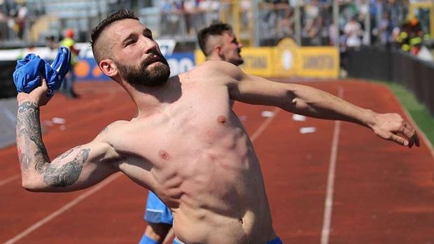 Lorenzo Tonelli  | Từ Empoli chuyển sang Napoli | 10 triệu euro. Ảnh: Internet.
