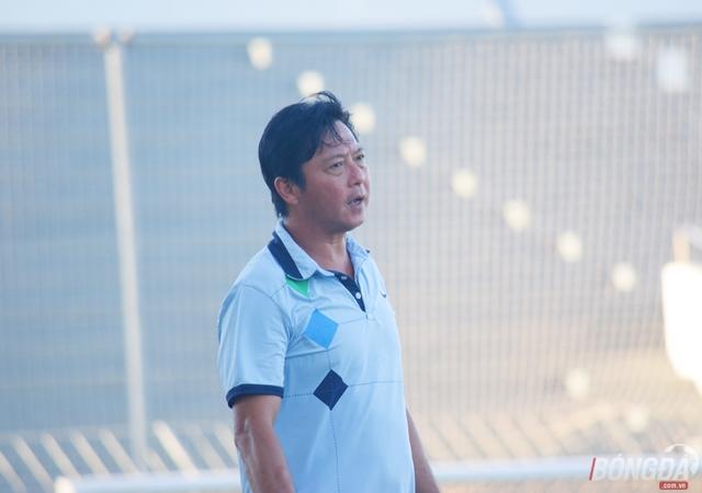 """Huỳnh Đức buồn vì Huy Toàn """"mỏng manh"""" - Bóng Đá"""