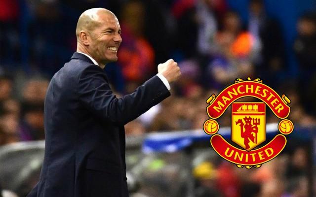 Zidane đang chờ một cuộc gọi từ Man United - Bóng Đá