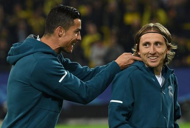 Modric: 'Ronaldo đã nhắn tin chúc mừng tôi