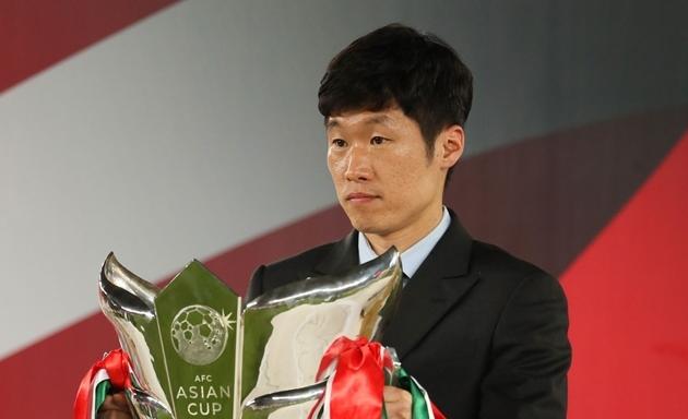 'Bài hát của fan M.U gây khó chịu cho người dân Hàn Quốc'