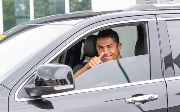 Ronaldo hỗ trợ tài chính cho Olhanense - Bóng Đá