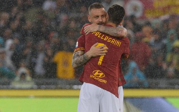 Ngày này năm xưa, De Rossi chia tay AS Roma - Bóng Đá