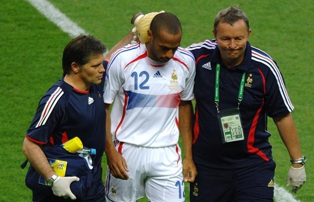 Thierry Henry và duyên nợ với nước Ý - Bóng Đá