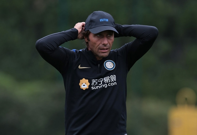 Sacchi nắn gân Conte sau derby Milano - Bóng Đá