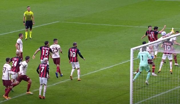 Lập cú đúp rồi mắc sai lầm, Ibrahimovic khiến Milan mất mạch trận toàn thắng - Bóng Đá