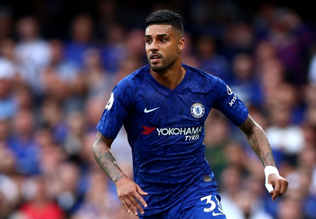 Chelsea and Napoli are reportedly in talks over a loan deal for Emerson Palmieri. - Bóng Đá